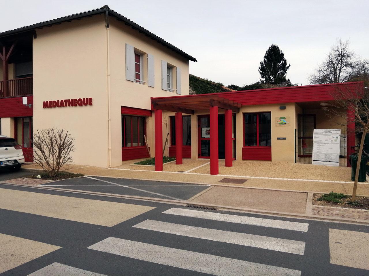 Médiathèque de Saint-Pardoux-la-Rivière