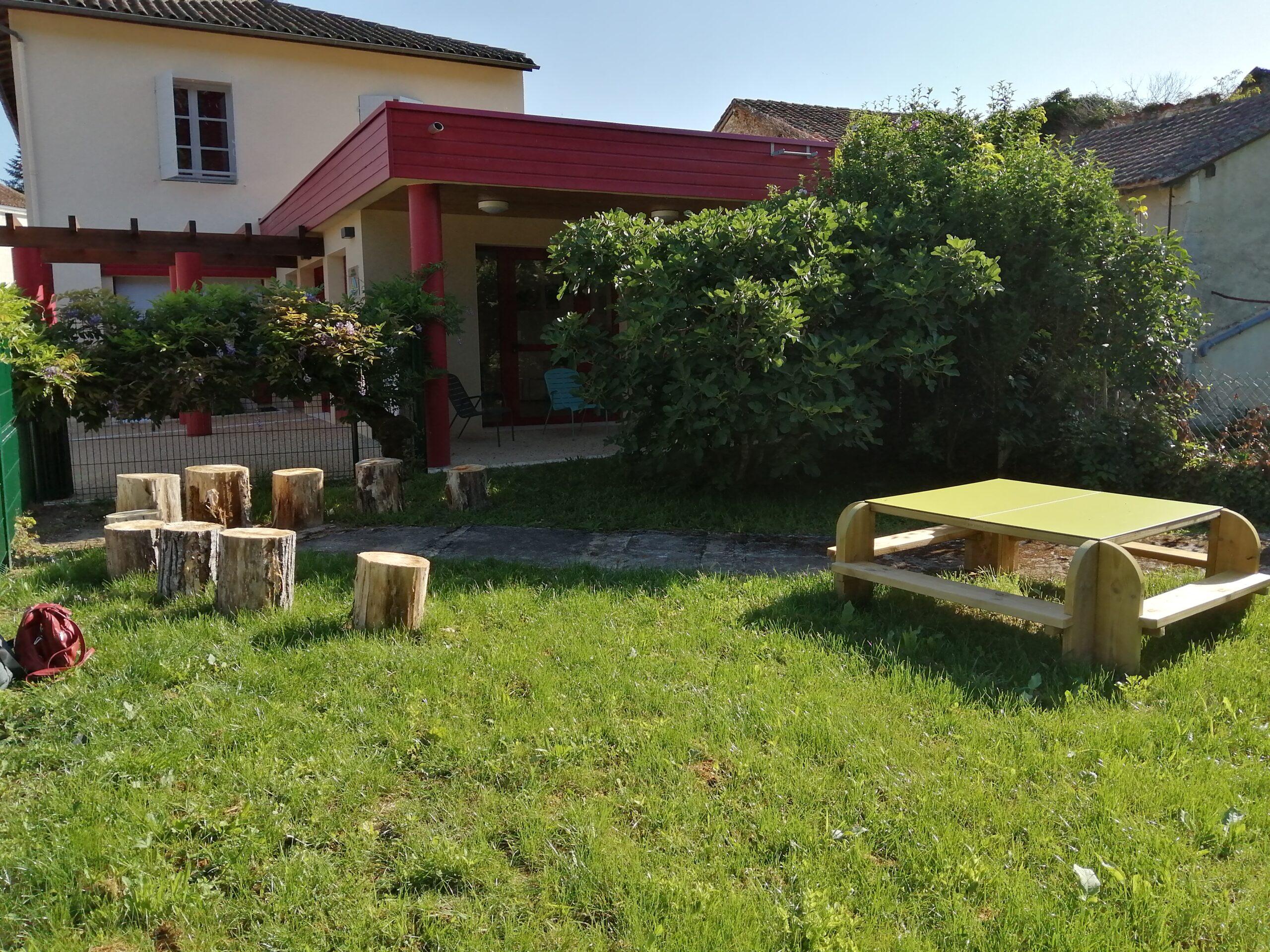 Jardin de lecture à Saint-Pardoux-laa-Rivière